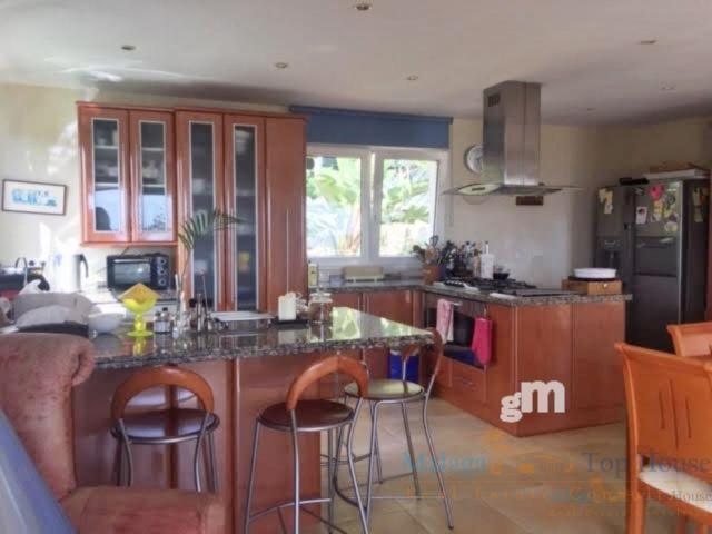 Venta de villa en Benalmádena Costa