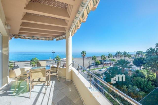 For sale of apartment in Torremolinos