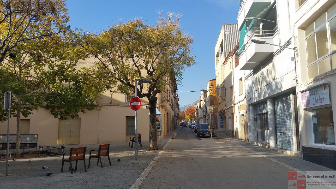 Venda de local comercial a Esparreguera