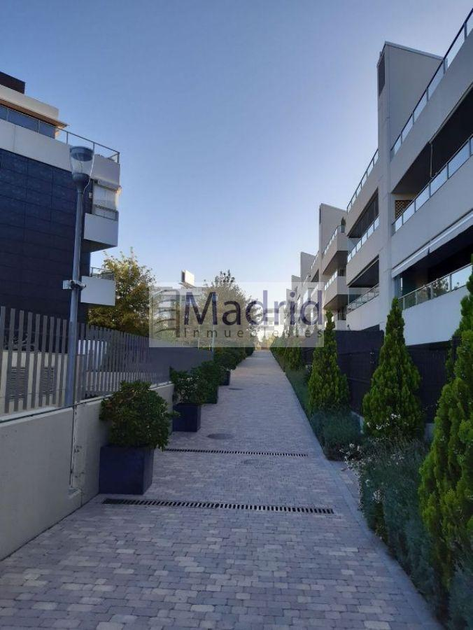 For sale of flat in Las Rozas