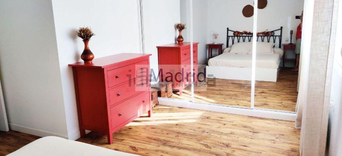 For sale of flat in Majadahonda