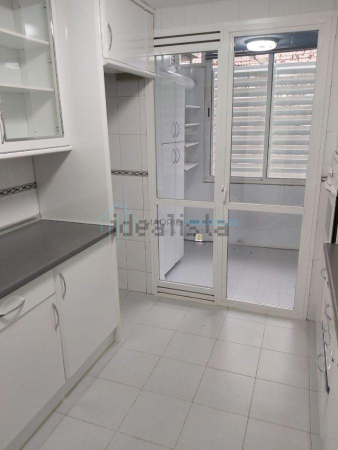 For rent of flat in Pozuelo de Alarcón