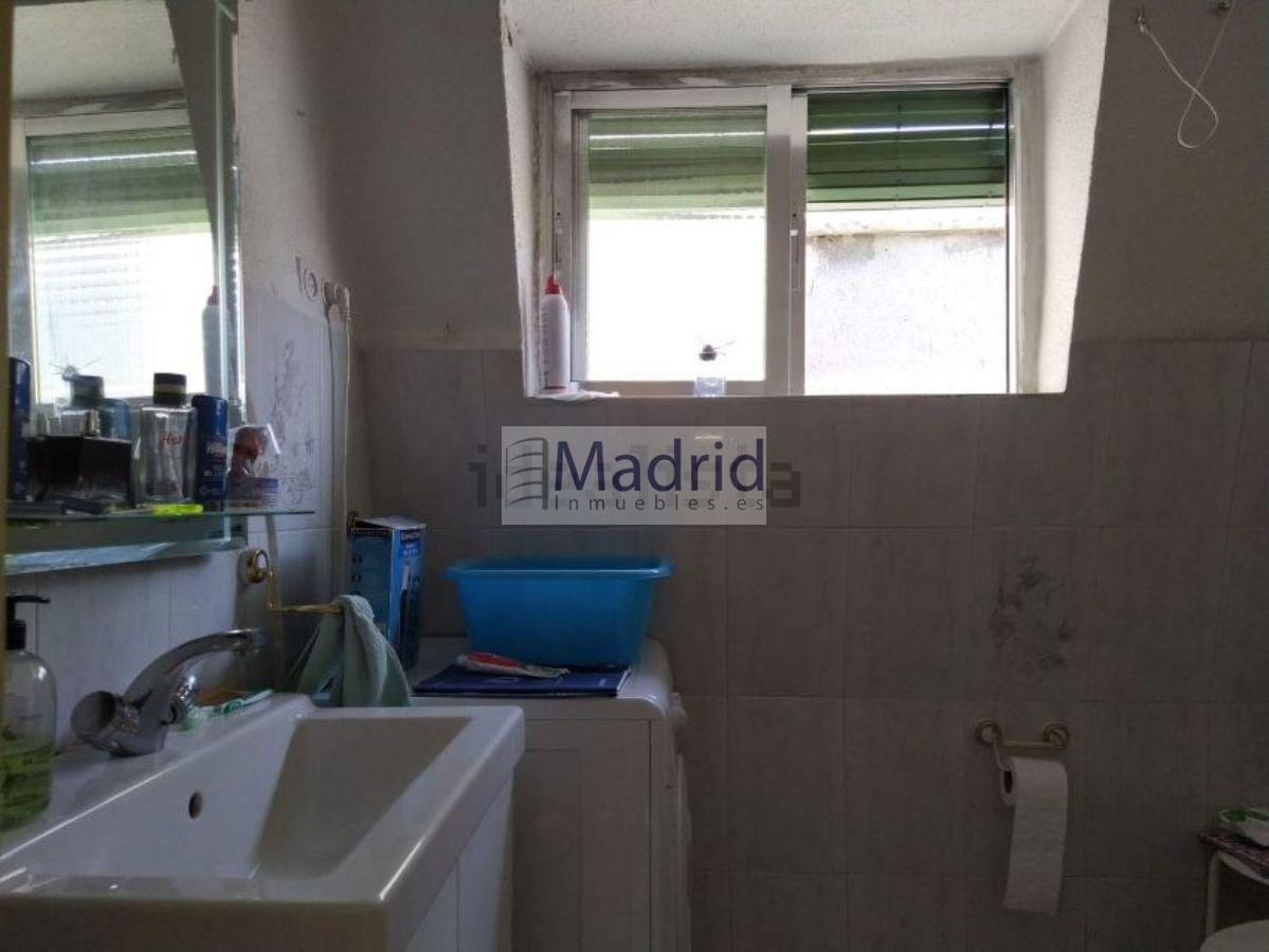 For sale of penthouse in Madrid