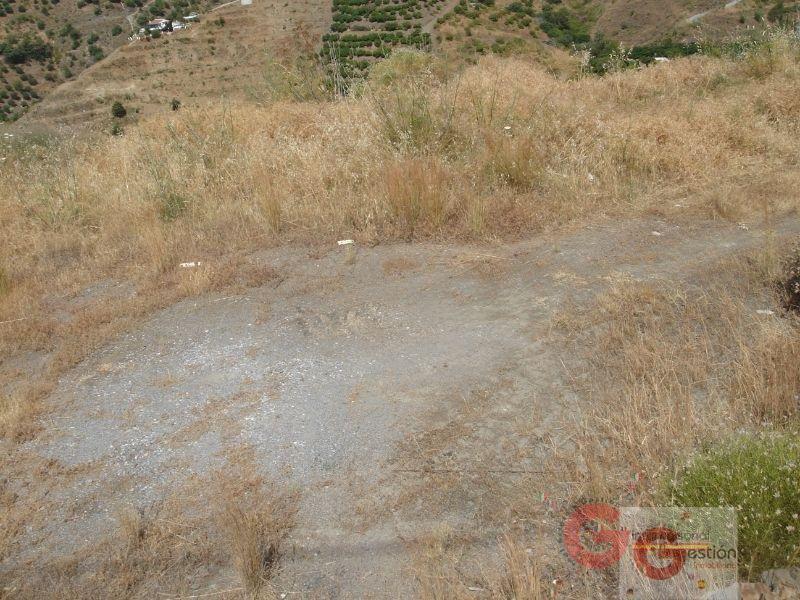 For sale of land in Almuñécar