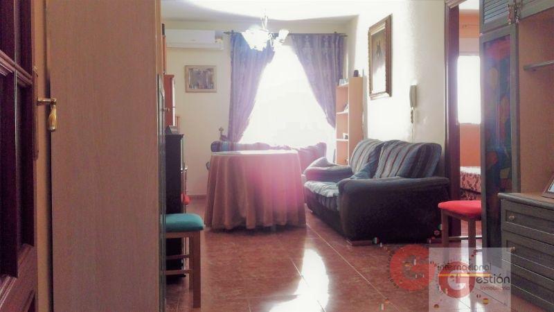 Venta de piso en Vélez de Benaudalla