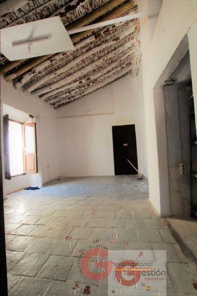 Venta de casa en Vélez de Benaudalla