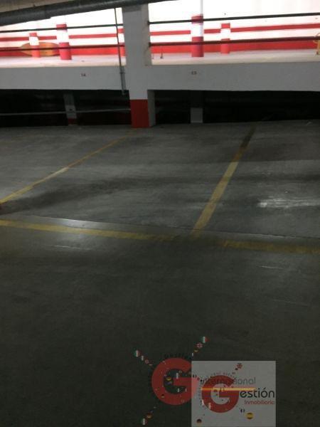 For sale of garage in Almuñécar