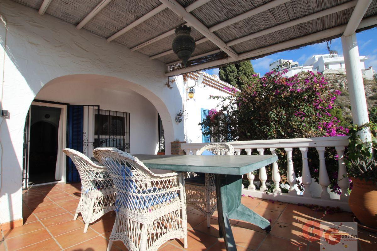 For sale of villa in Salobreña