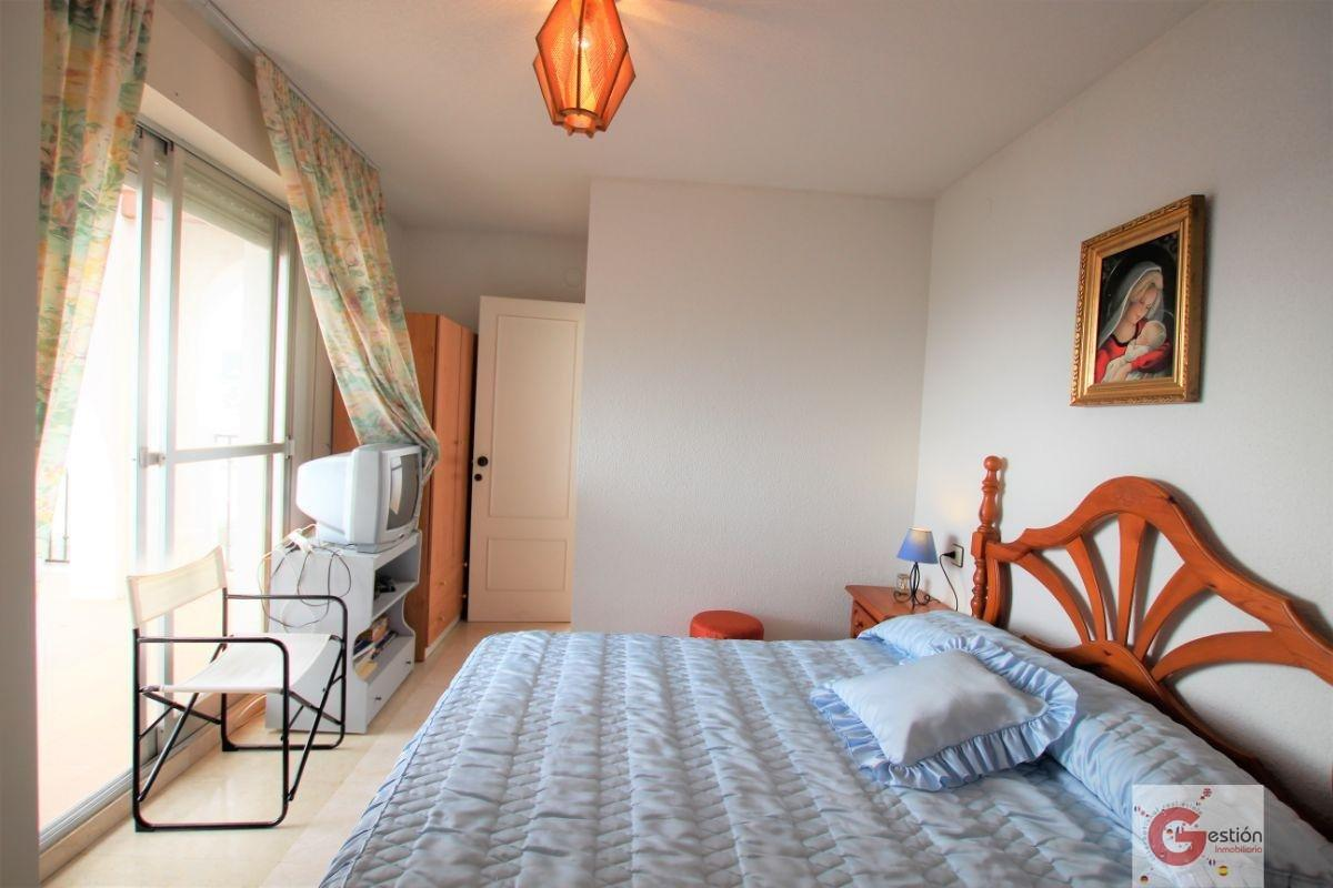 For sale of house in Calahonda