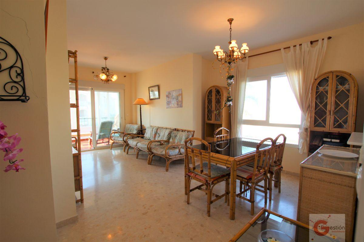 For sale of flat in Calahonda