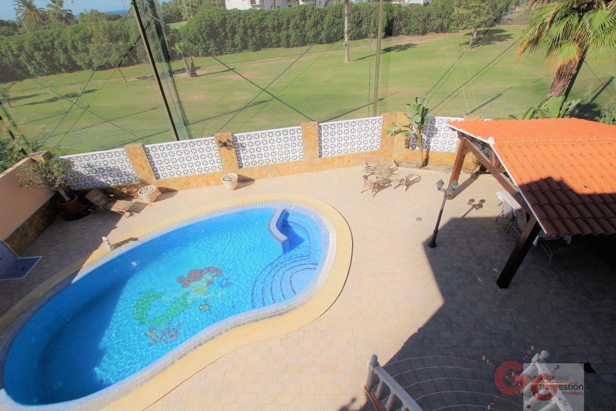 Venta de villa en Motril