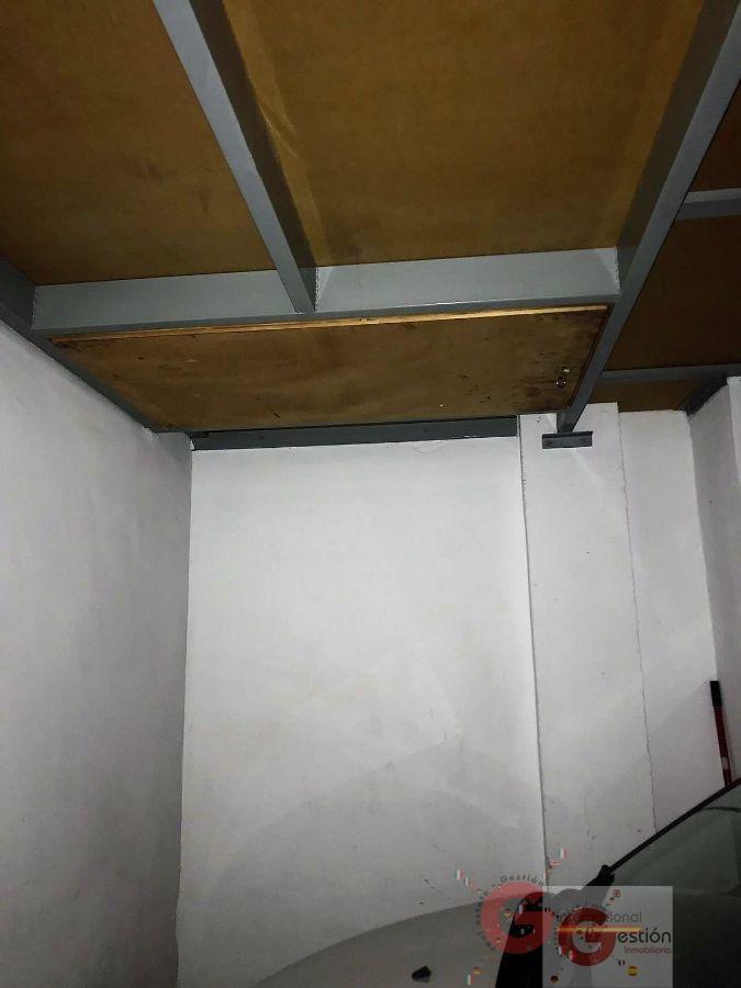 For sale of garage in Salobreña
