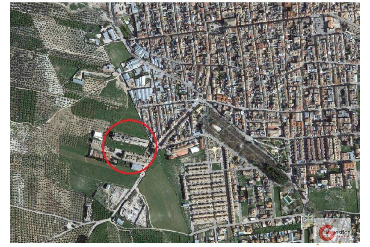 For sale of building in Mancha Real