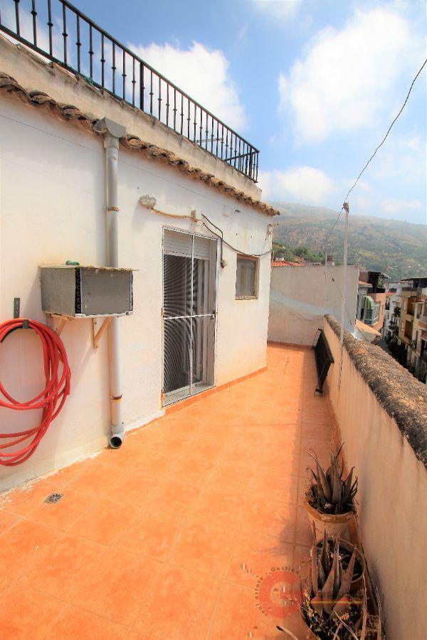 Venta de casa en Lanjarón