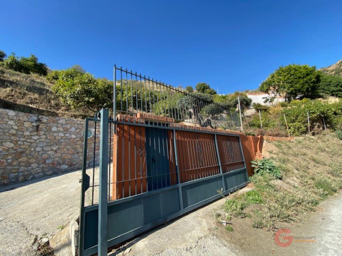 For sale of rural property in Almuñécar