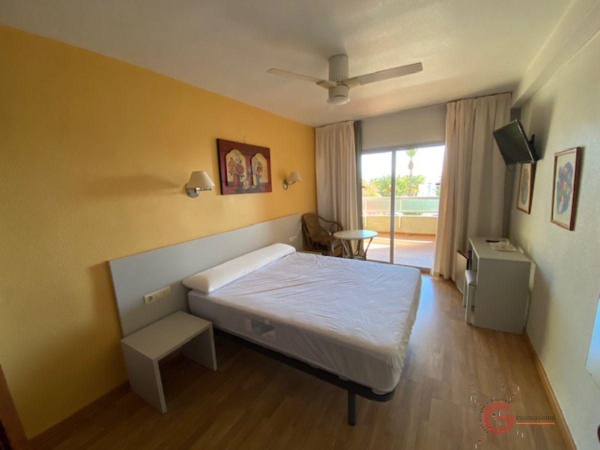 Venta de hotel en Almuñécar