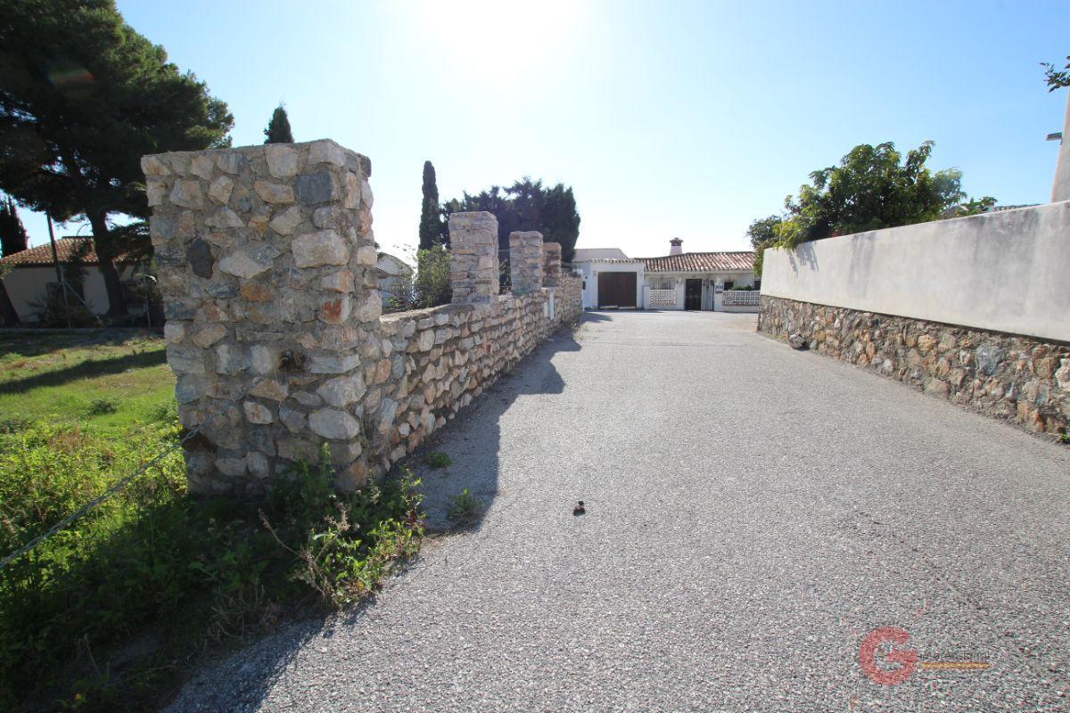 For sale of land in Salobreña