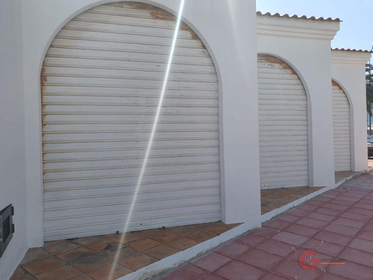 Venta de local comercial en Carchuna