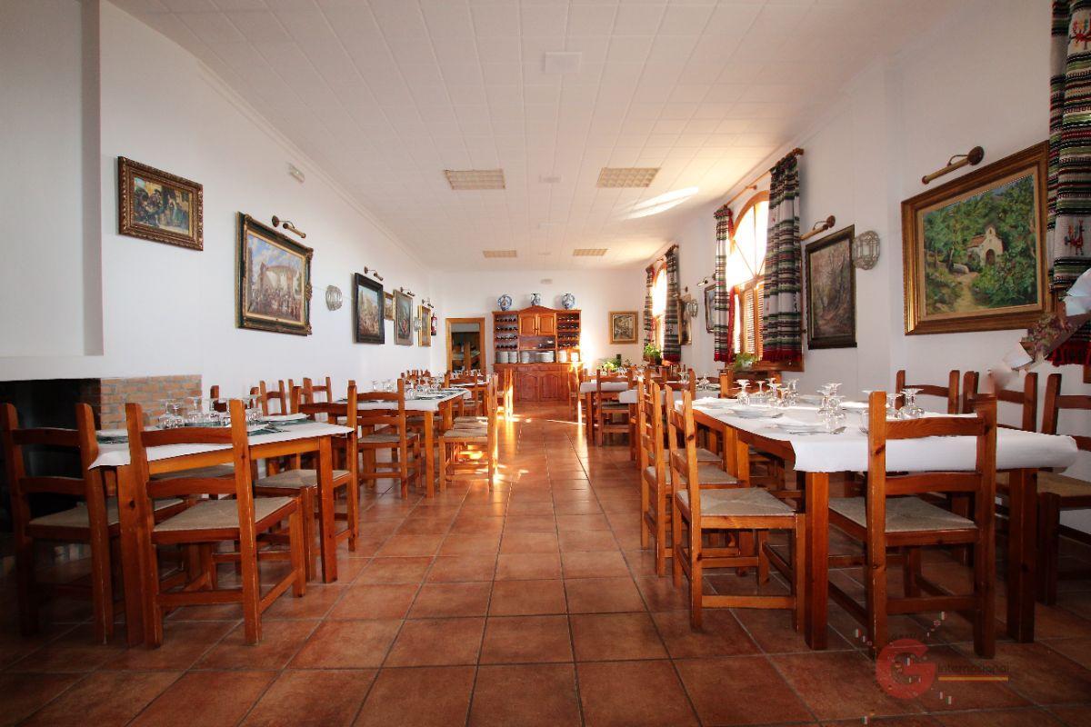 Venta de hotel en Pórtugos
