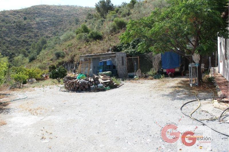 Venta de finca rústica en Vélez de Benaudalla
