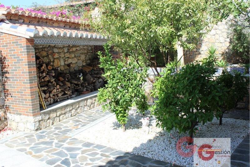 Venta de villa en Salobreña
