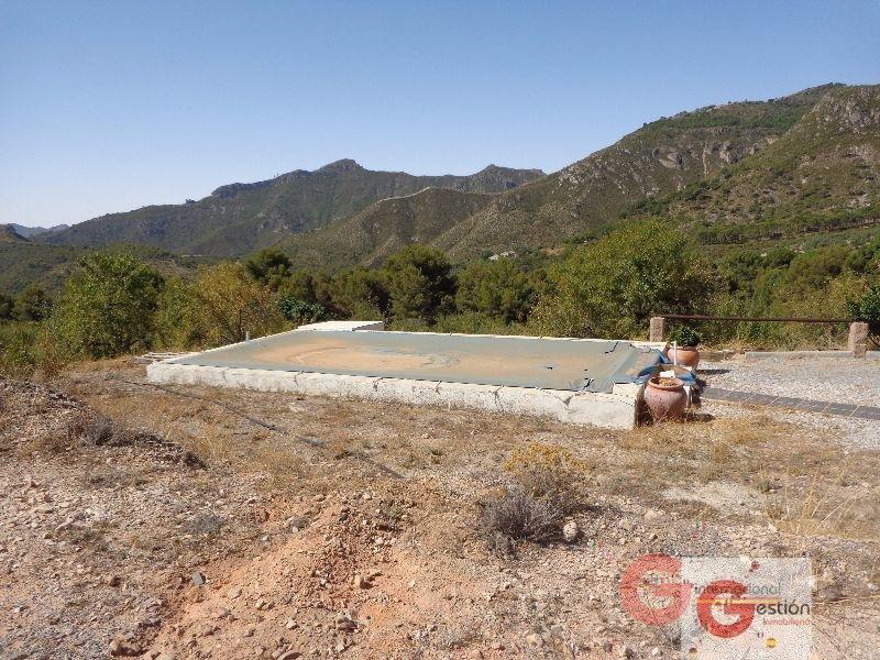 For sale of rural property in Guájar Alto