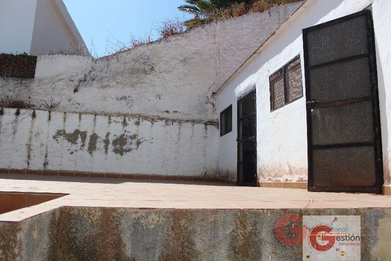 Venta de casa en Salobreña