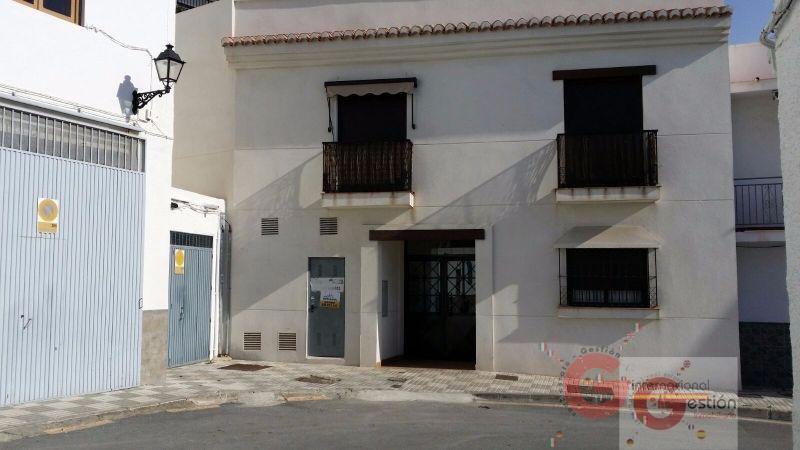 Venta de local comercial en Salobreña