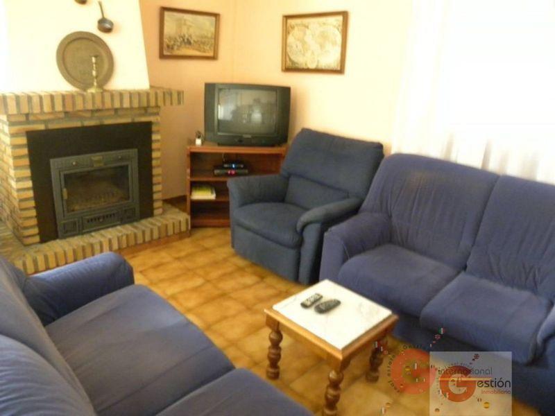 For sale of villa in Almuñécar