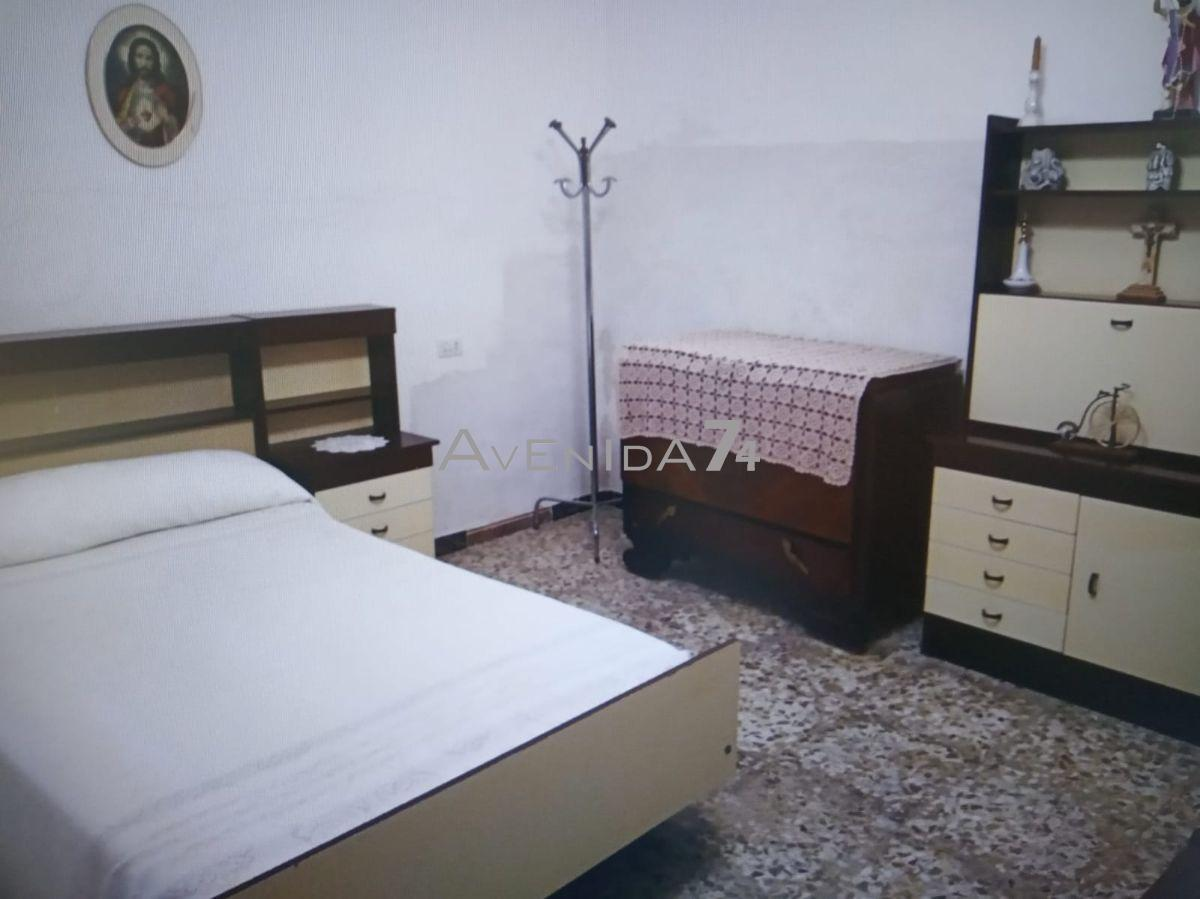 For sale of house in Totana