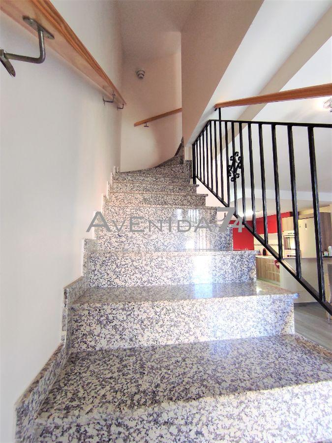 For sale of chalet in Águilas