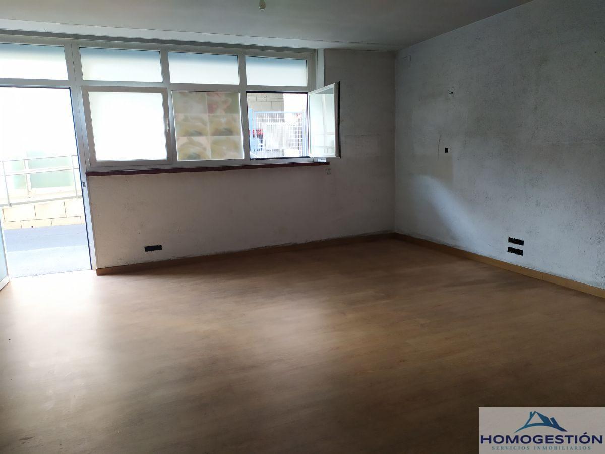 For sale of ground floor in Getxo