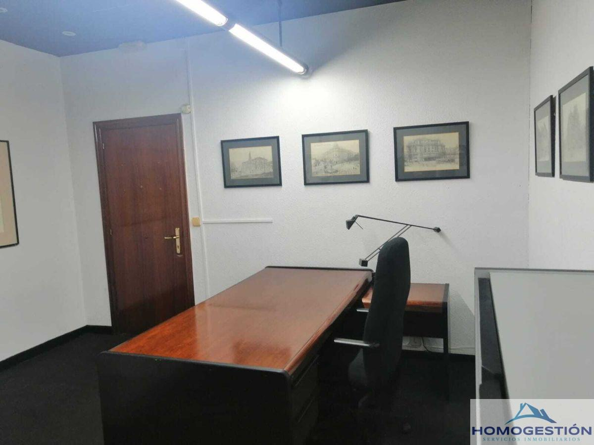 For rent of office in Bilbao