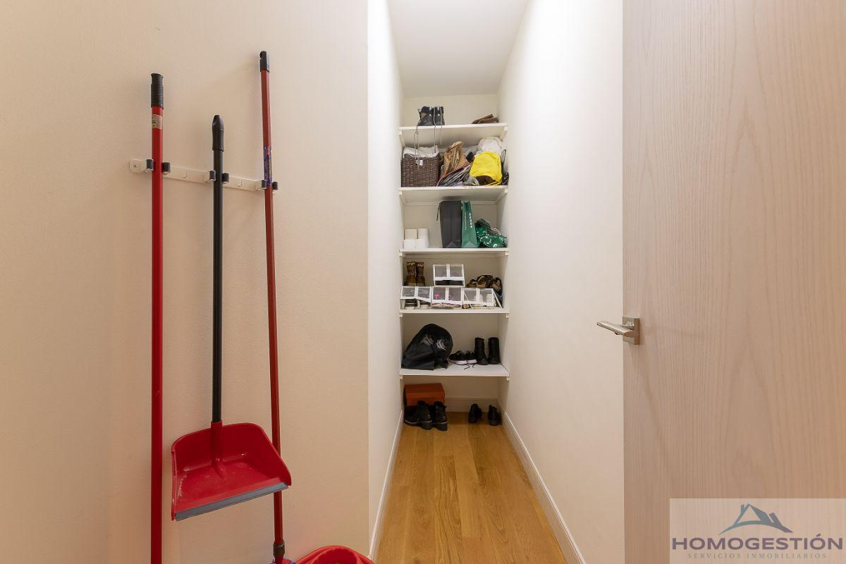 For sale of flat in Bilbao