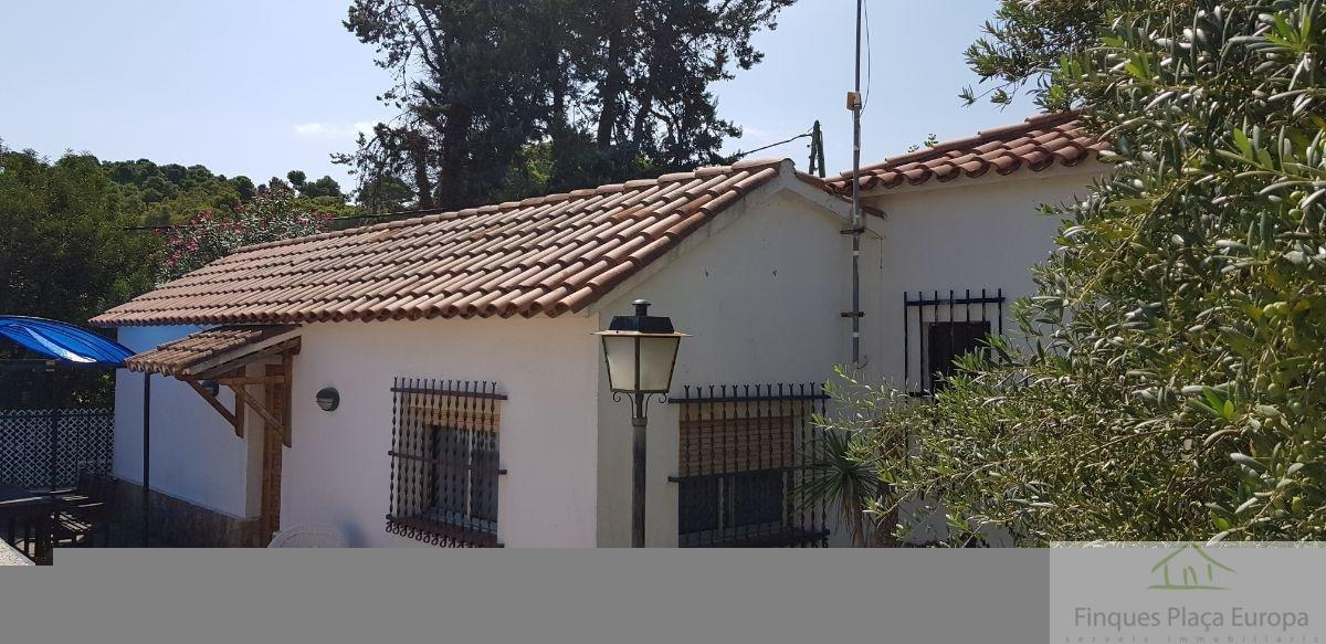 For sale of land in Calonge