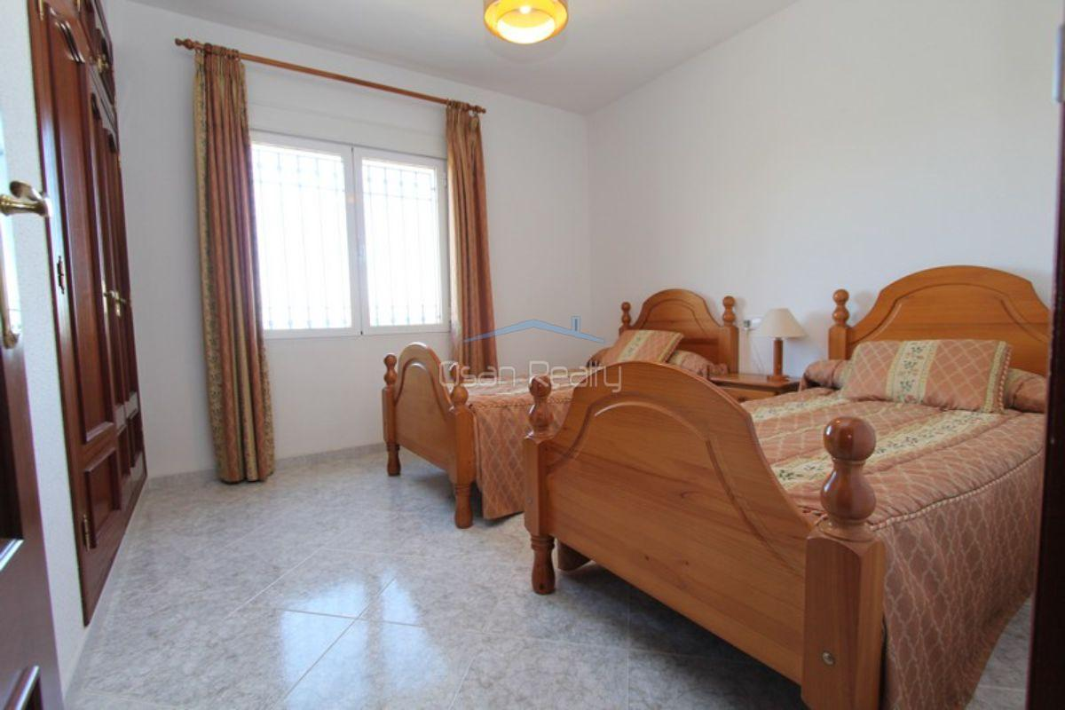 For sale of chalet in Beniarbeig