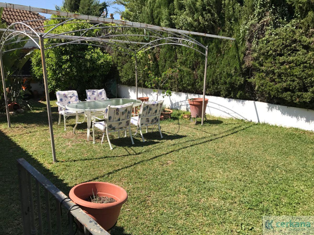 For sale of chalet in Gines