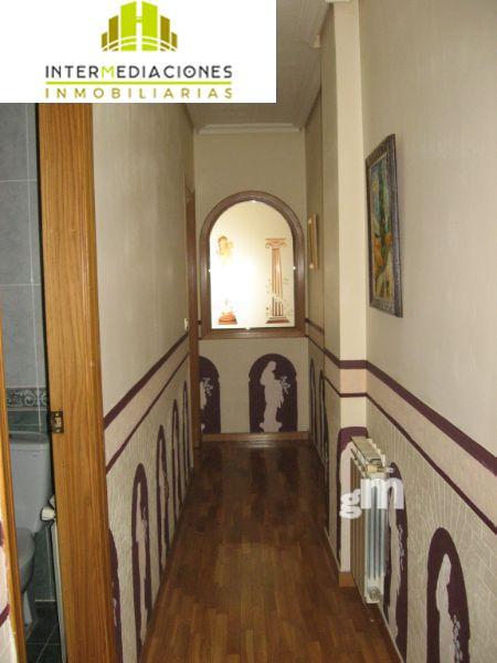 For sale of duplex in Albacete