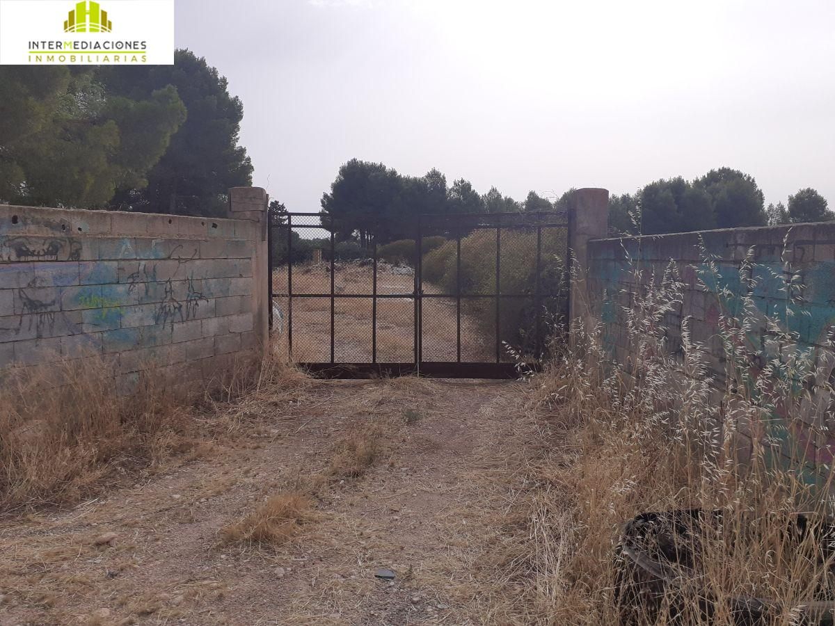 For sale of rural property in Albacete