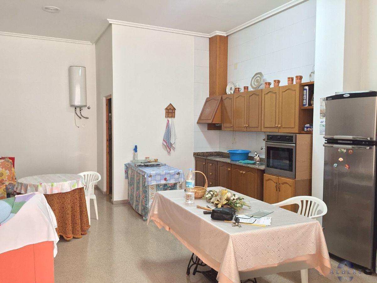 For sale of commercial in Monforte del Cid