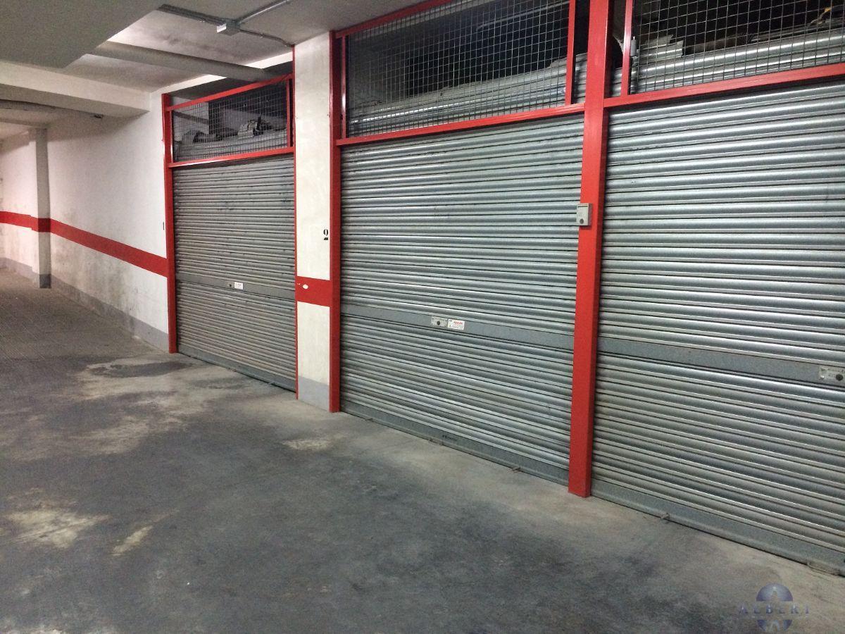 Venta de garaje en Novelda