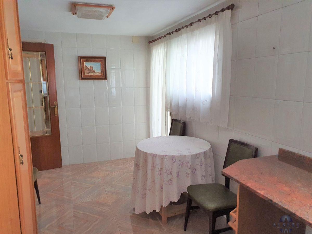 For sale of flat in Monóvar-Monòver