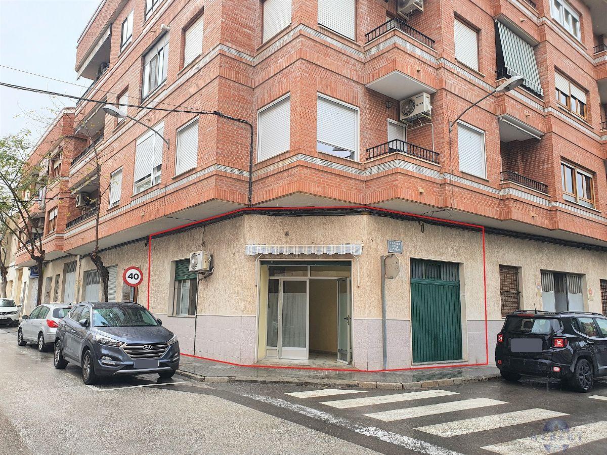 Venta de local comercial en Novelda