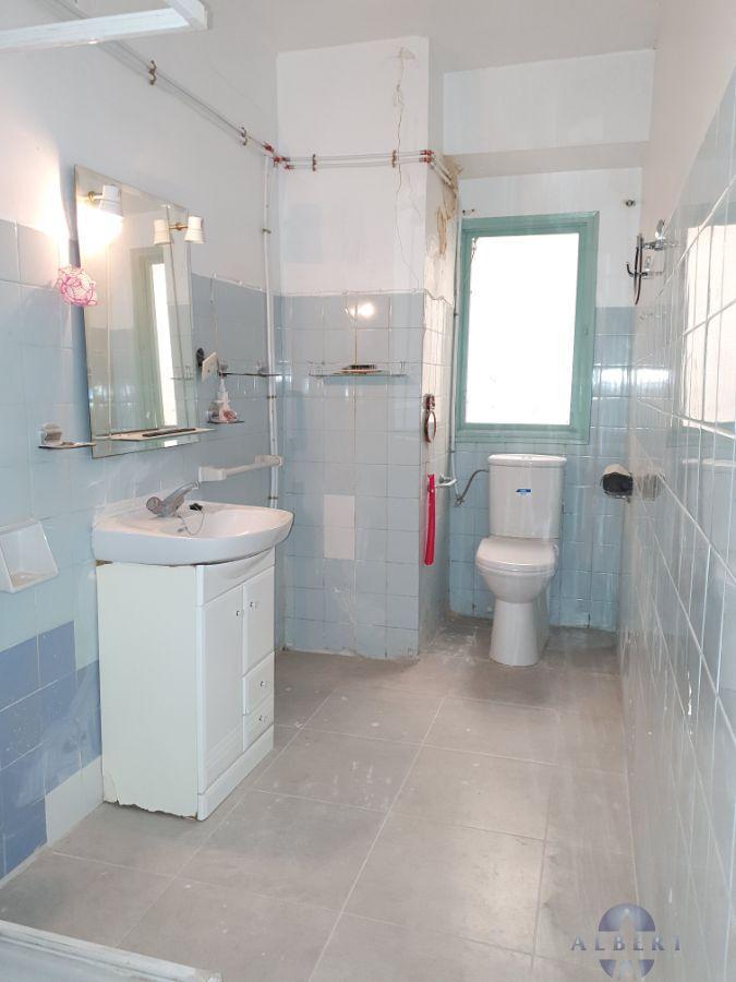 For sale of flat in Novelda