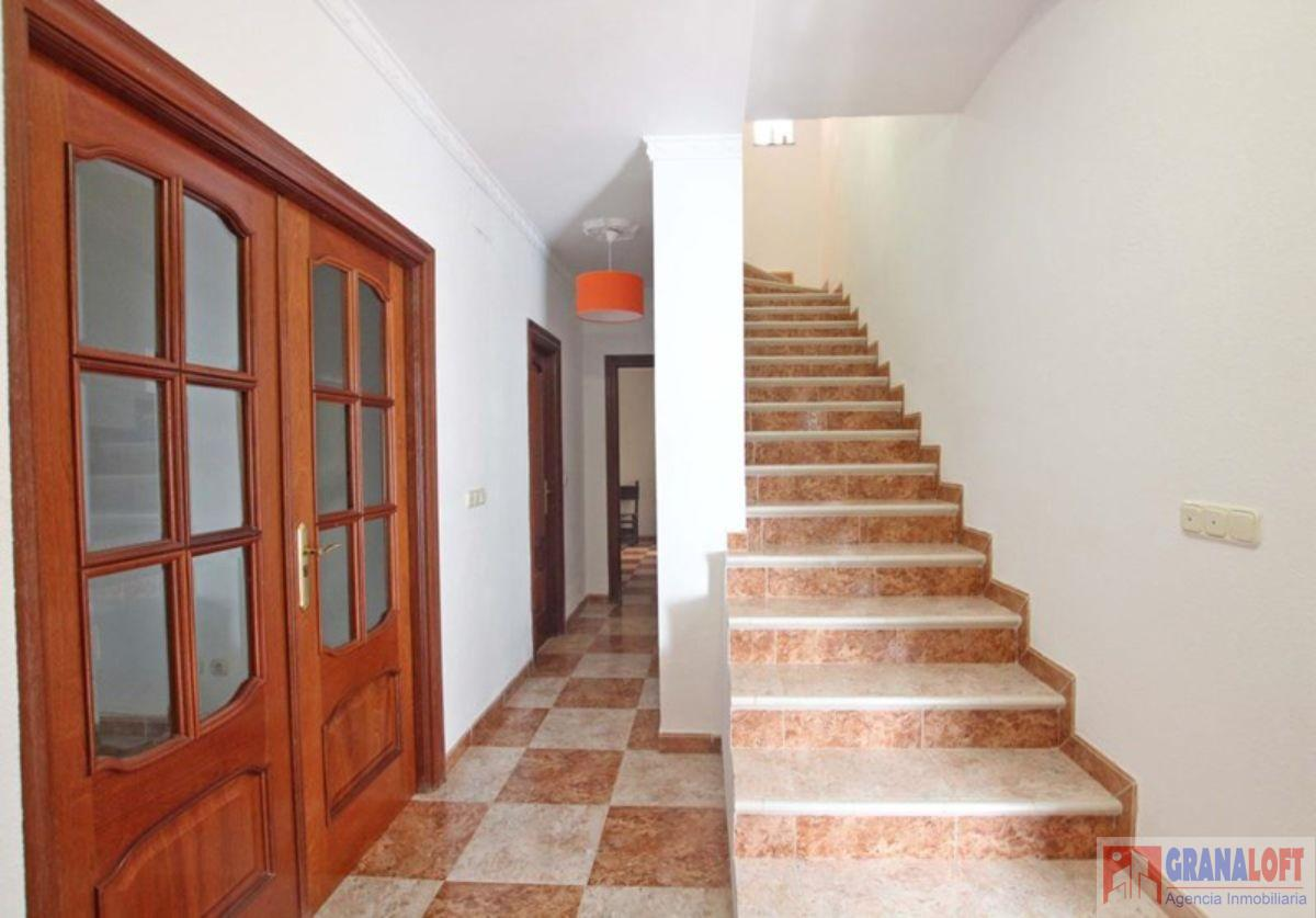 For sale of house in Quéntar