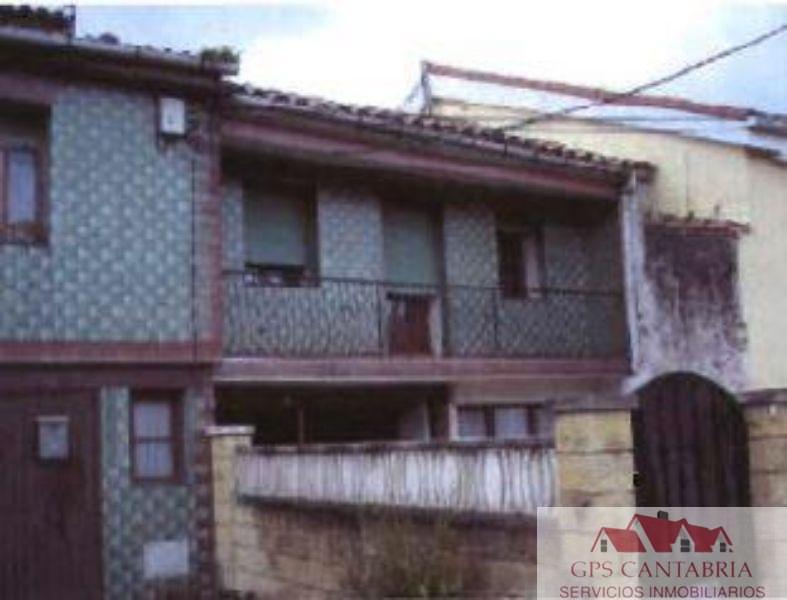 For sale of house in Torrelavega