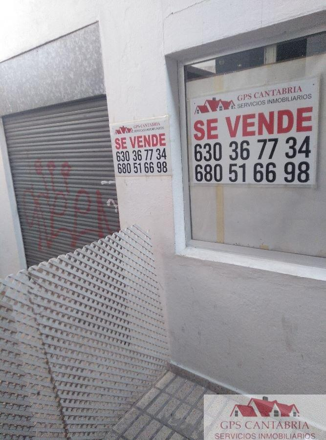 For sale of commercial in El Astillero