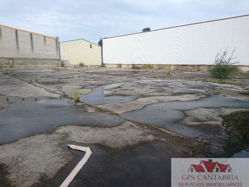 For sale of industrial plant/warehouse in Maliaño