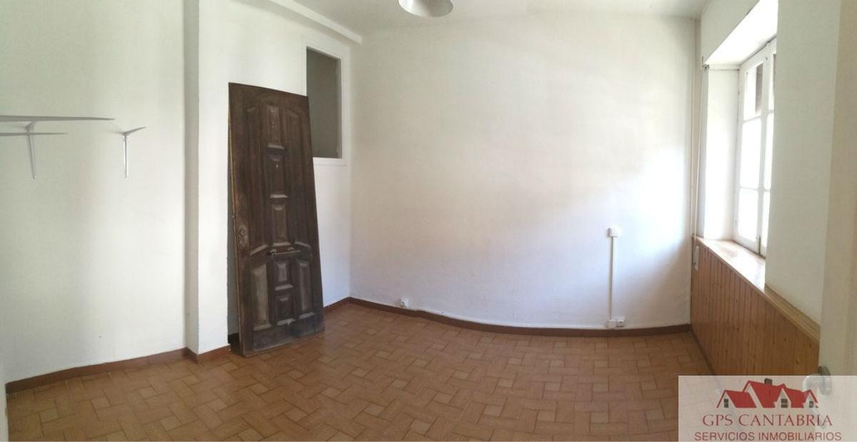 Venta de piso en Santa Cruz de Bezana