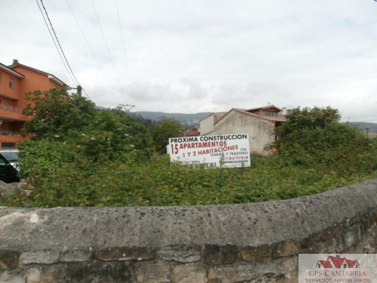 Venta de terreno en Los Corrales de Buelna